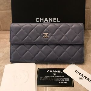 CHANEL Portefeuille Double Wallet
